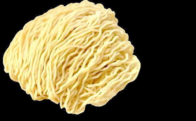 スープに絡む縮れた細麺